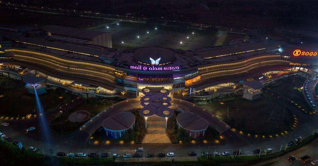Mallalamsuteranightviewmaing mall alam sutera thecheapjerseys Choice Image